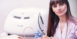 Centrul Medical Dr. Georgescu - Estetica Medicala Timisoara:Centrul Medical Dr. Georgescu - Estetica Medicala, Microdermabraziune Silk Peel, IPL - Intinerirea pielii, tratament pentru acnee activa, tratamentul varicelor, Timisoara
