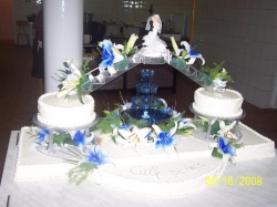 Cofetaria Deluxe Timisoara:Cofetaria Deluxe, Torturi de nunta, botezuri si alte evenimente festive